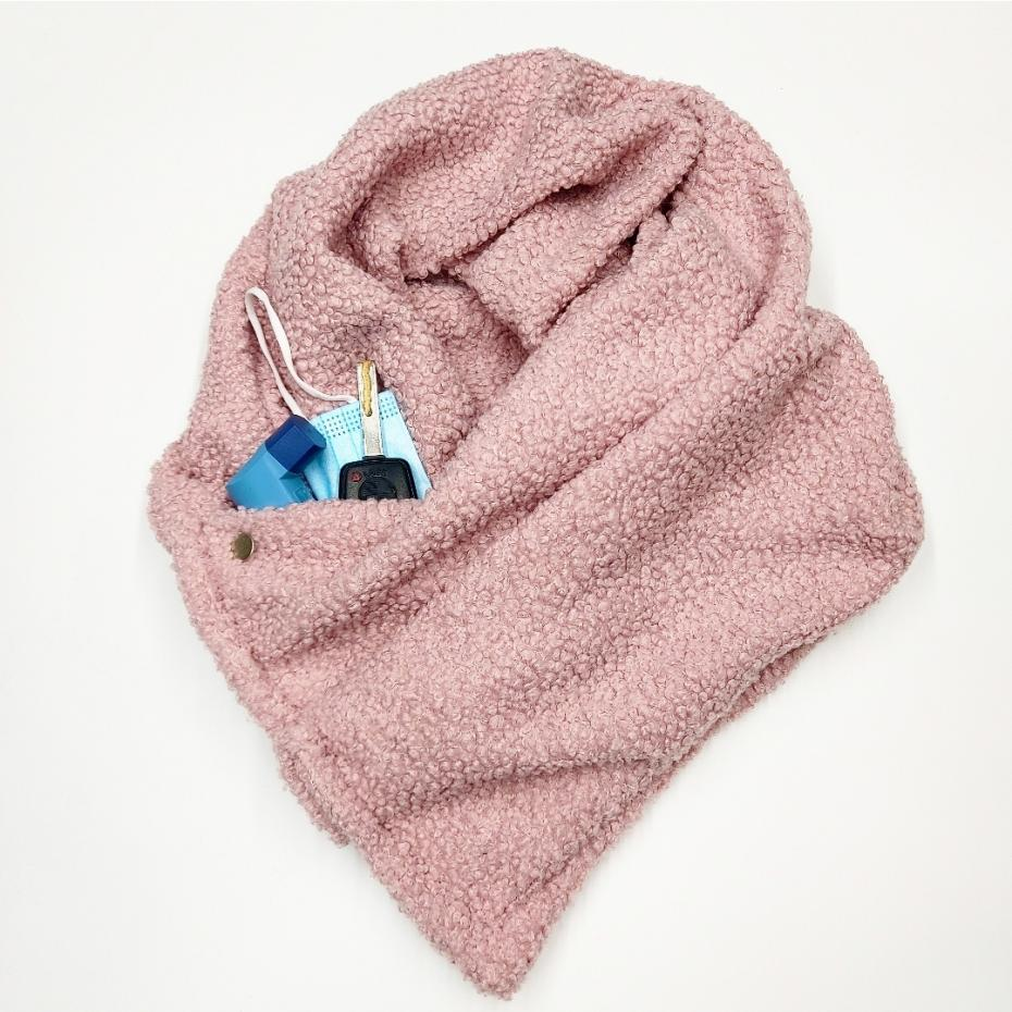 The Pocket Scarf